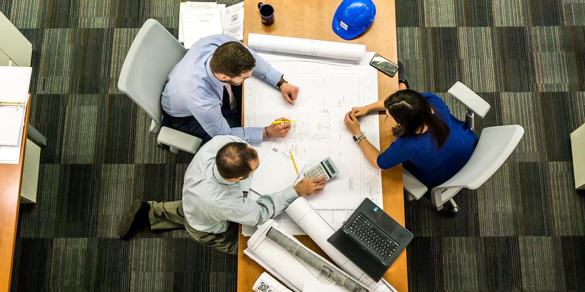 """F<span class=""""amp"""">&</span>E‑Fördermittel für unternehmerische Innovationen nutzen"""