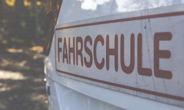 Fahrschulen rechnen nach Öffnung mit Andrang (ORF)