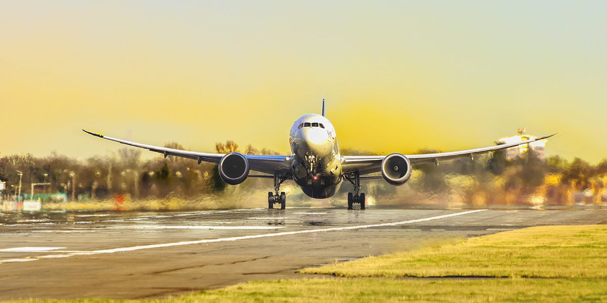 Klacska:  Luftfahrt-Business stark unterDruck