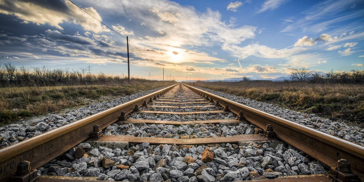 Eisenbahn KV-Abschluss mit weiteren Attraktivierungen