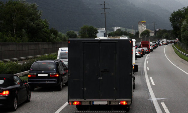 Bei Sondertransporten auf Autobahnen neue Online-Anmeldung