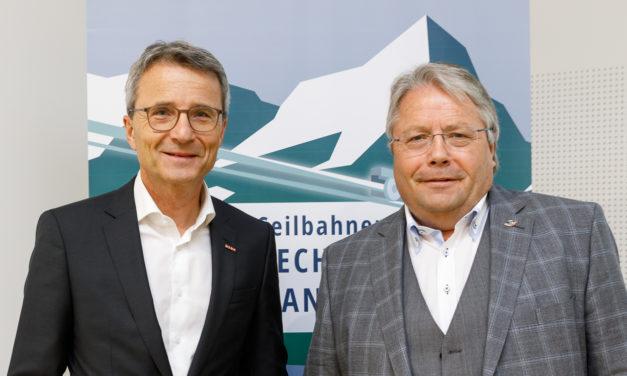"""Technik <span class=""""amp"""">&</span> Natur gehen bei Österreichs Seilbahnen Hand inHand"""